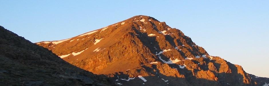 Sierra Nevada mountain ridges